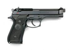 ベレッタ M9