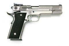 スミス&ウェッソン M945