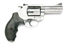 スミス&ウェッソン M-60 3in